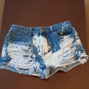 Forever 21 size 28 jean shorts